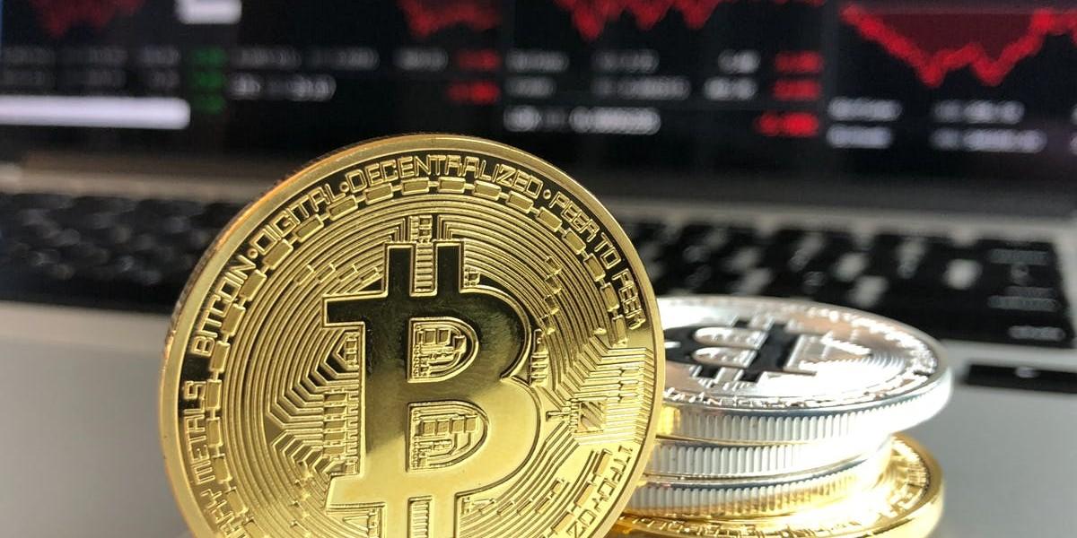 https://aktivdata.dk/wp-content/uploads/2018/10/crypto.jpg
